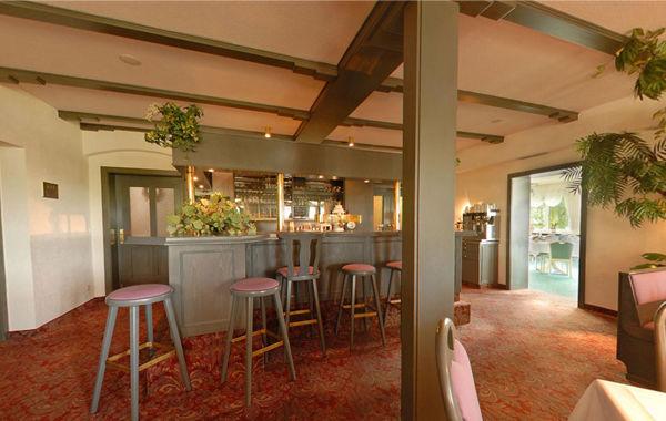 Beispiel: Restaurant, Foto: Waldhotel Bergschlösschen.