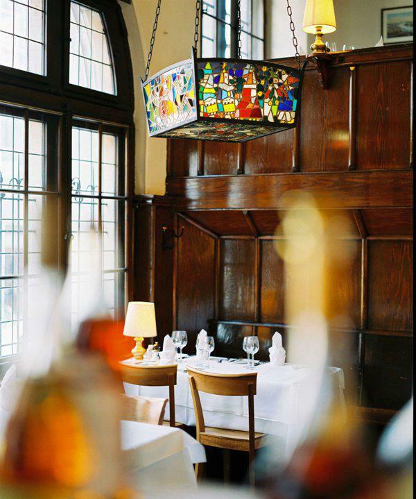 Beispiel: Restaurant mit Geschichte, Foto: Safran Zunft.
