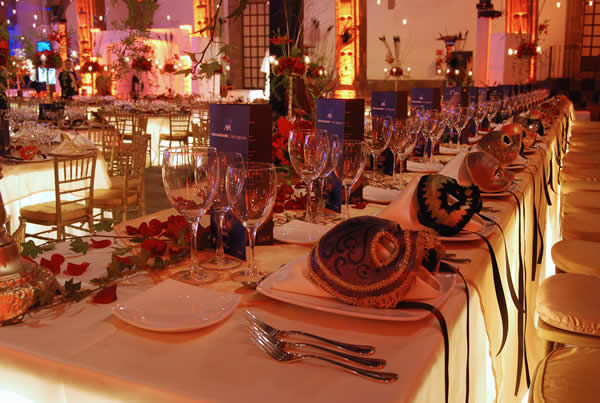 Decoración de mesa Foto: Ex Convento de San Hipólito