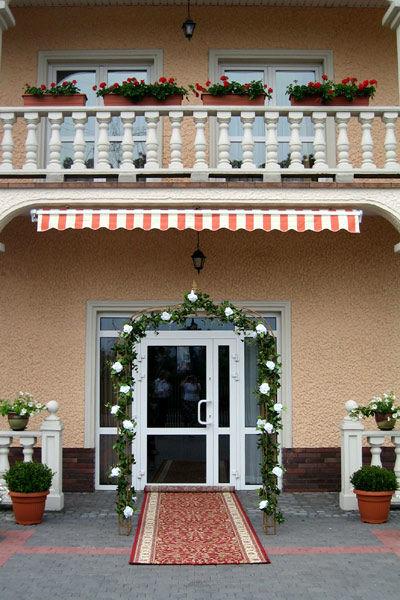 Dom Weselny Biała Orchidea