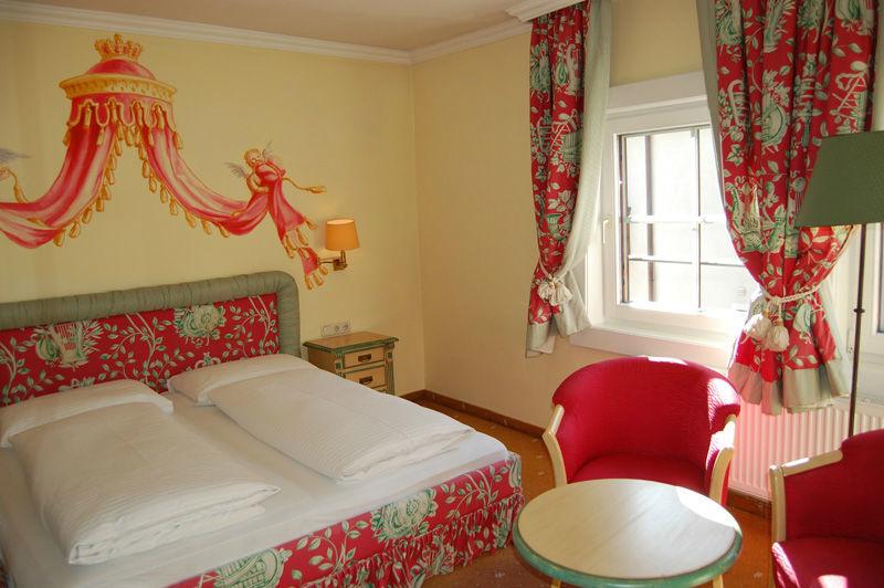 Beispiel: Königlich übernachten, Foto: Wedding Hotel Heitzmann.