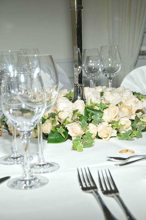 Beispiel: Gedeck - Tischdekoration, Foto: Clausen´s Vierländer Landhaus.