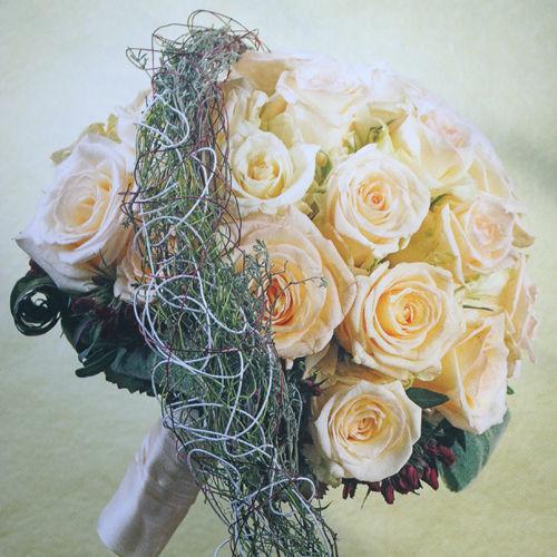 Beispiel: Hochzeitsfloristik, Foto: 1A Blumen Halbig.