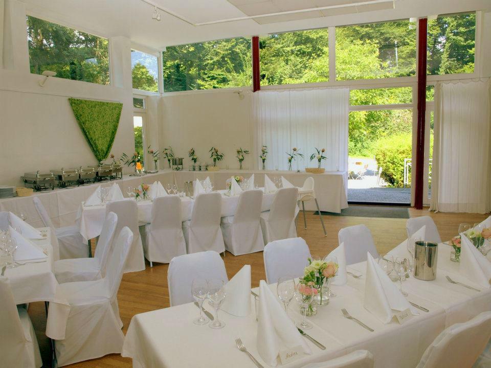Beispiel: Großer Saal - Hochzeitsbankett, Foto: Kupfersiefer Mühle.
