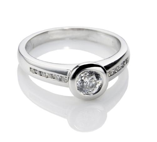 Nadezhka Diamonds, joyería para novias, anillos de compromiso y argollas de matrimonio