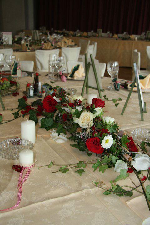 Beispiel: Florale Tischdekoration, Foto: Garten Kochauf .