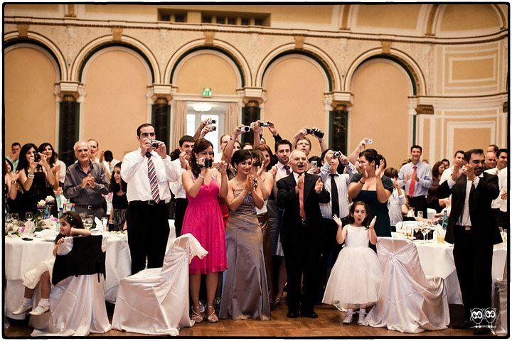 Beispiel: Fotos von der Hochzeitsgesellschaft, Foto: Kajul Photography.