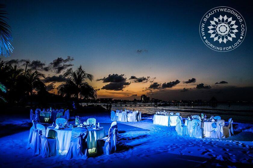 Beautyweddings Sunset Beach Wedding - Boda en la Playa Cancun