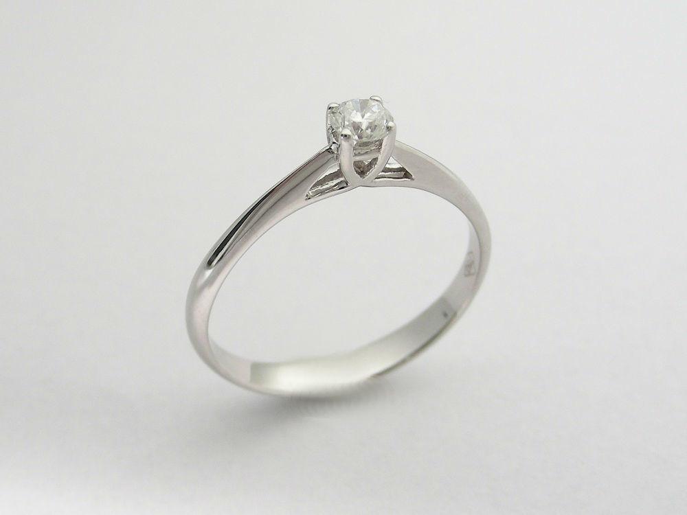 Beispiel: Machen Sie Ihrer Partnerin einen Antrag, Foto: Juwelier Neuwirth.