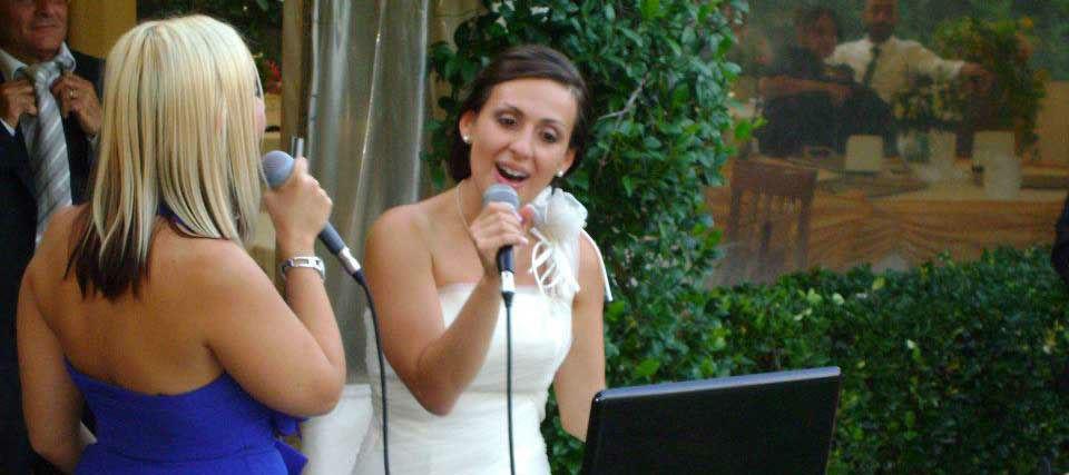 Intrattenimenti musicali per eventi e ricevimenti di matrimonio Romadjpianobar info@romadjpianobar.com http://www.romadjpianobar.com Le nostre spose