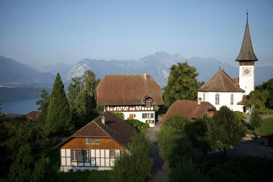 Beispiel: Der Blick auf die Kirche, Foto: Bären Sigriswil.