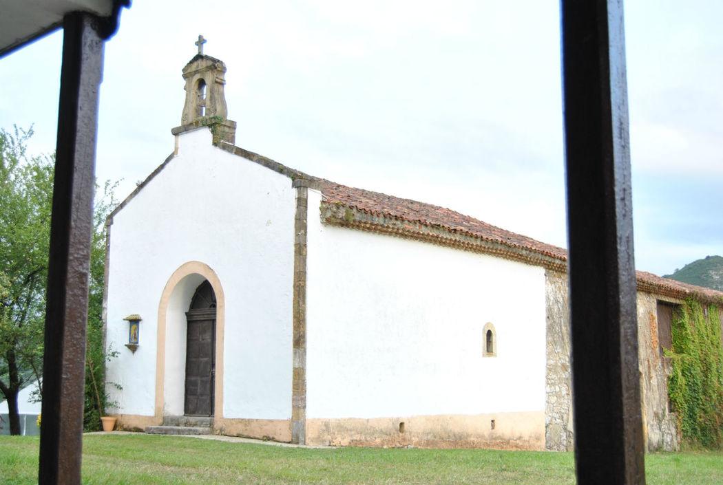 capilla y cuadra desde donde se sacan los aperitivos