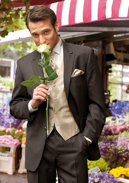 Beispiel: Hochwertige Anzüge, Foto: Brautmoden Isabel Bräutigam.
