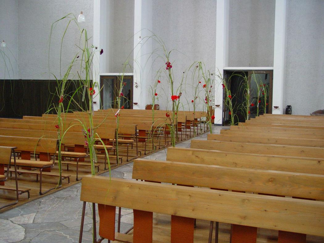 Beispiel: Dekoration der Kirche, Foto: blumenwerkstatt frankfurt.