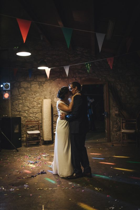 Rebeca y Jose iniciando el baile.