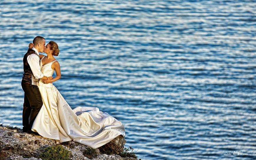 Molan Weddings.