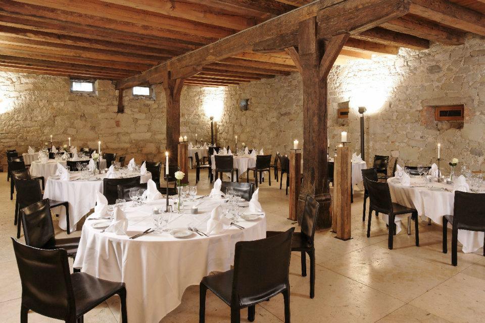 Beispiel: Räumlichkeiten, Foto: St. Petersinsel Restaurant & Klosterhotel.