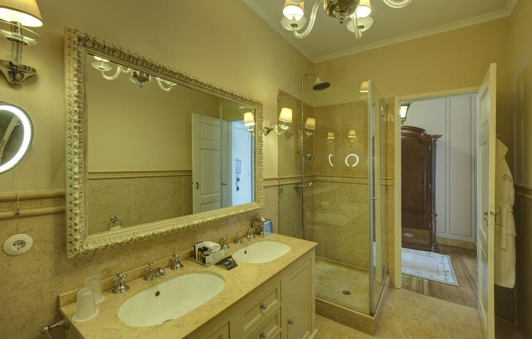 Foto: Hotel Tivoli Palácio de Seteais Bathroom