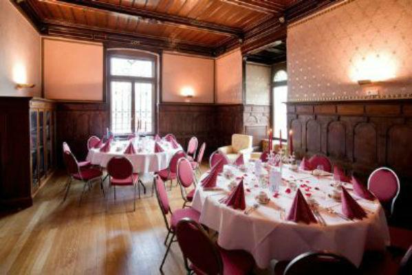Beispiel: Lesezimmer - Bankett, Foto: Villa Haar.
