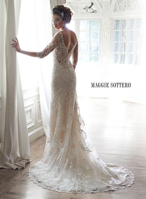 Marca: Maggie Sottero. Modelo: Verina - espalda.