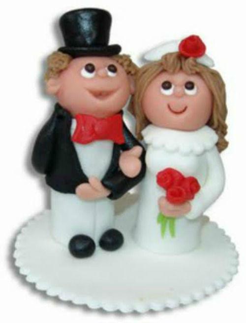 Beispiel: Brautpaar aus Marzipan, Foto: Confiserie Bachmann.