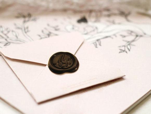 Invitaciones lacradas (negro).  www.royallacre.com