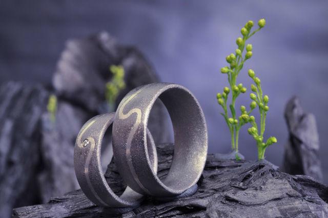 Beispiel: Trauringe, Foto: Elfenmetall.