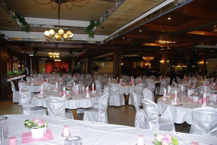 Beispiel: Festtagsgedeck, Foto: AKZENT Hotel Zur Grünen Eiche.