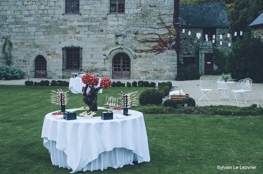 Manoir de La Mare Côtes d'Armor mariage champêtre 22 décoration cocktail