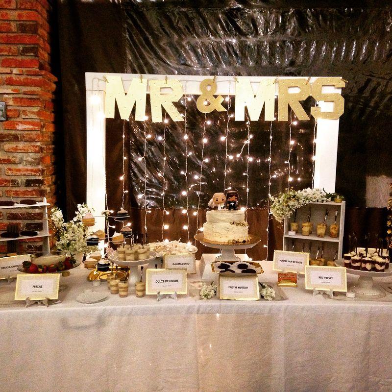 Mini postres boda dorado y blanco