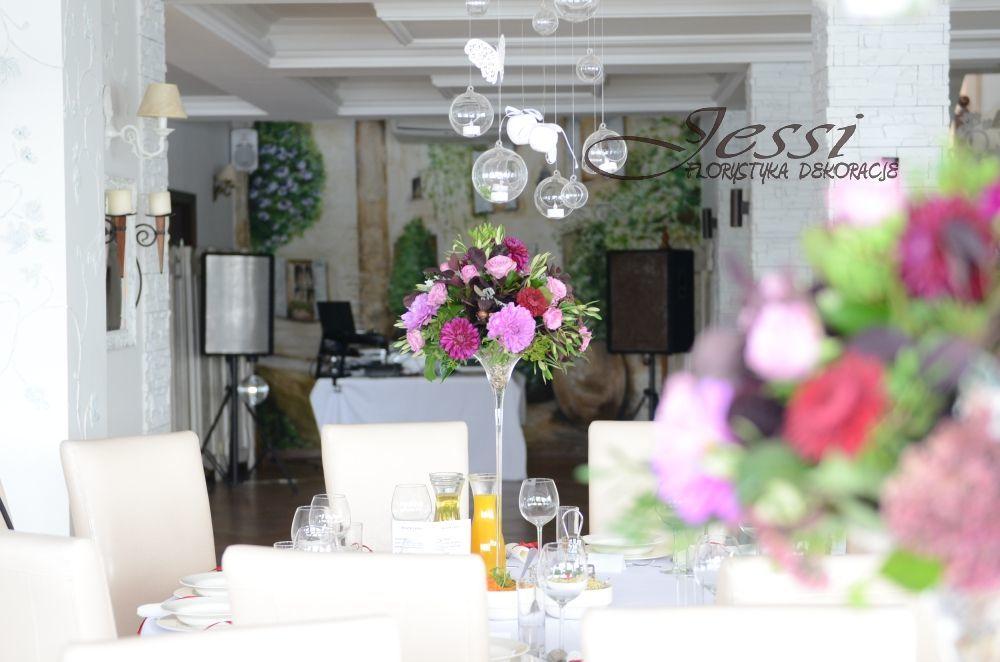 dekoracja stołów gości   #dalie