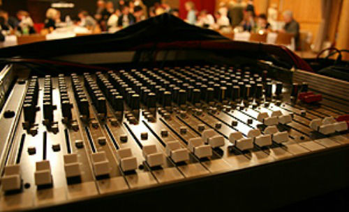 Beispiel: Equipment, Foto: The DJ.
