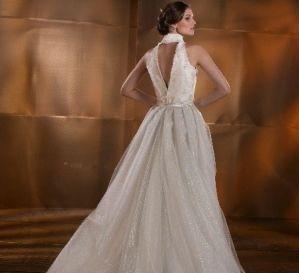 Beispiel: Brautkleid von Isabel Aguado, Foto: Brautmoden mit Herz - Elke Derks.