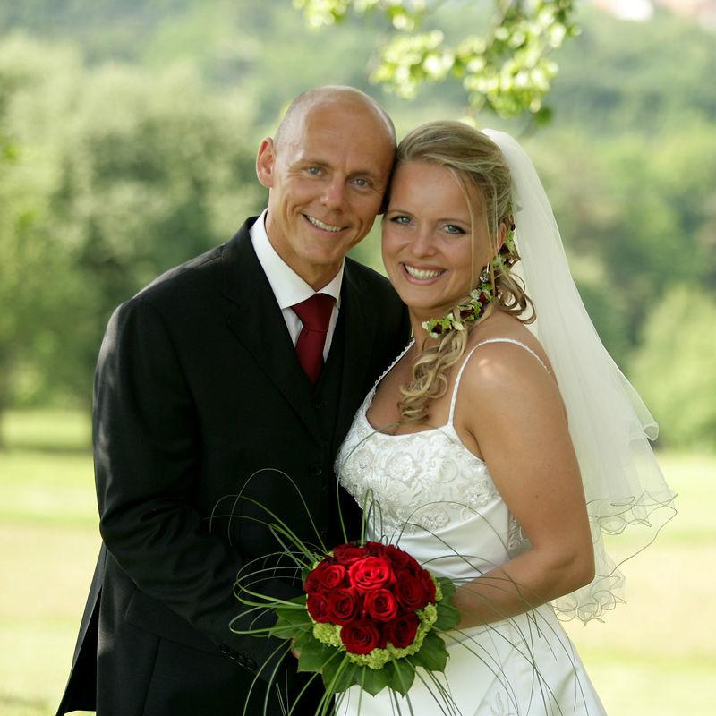 Beispiel: Hochzeitsfloristik, Foto: Friedl dekorativ & grün.