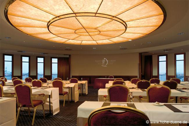Beispiel: Tagungs- und Kongressraum, Foto: www.hohe-duene.de.