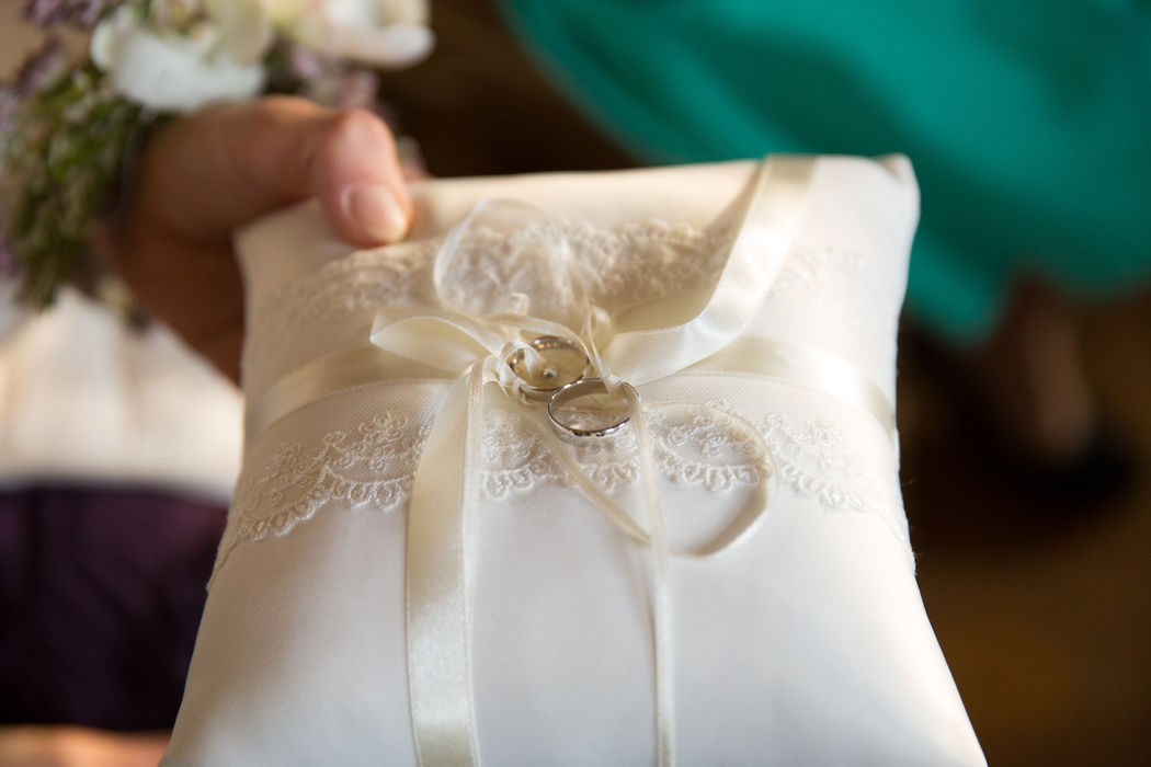 Beispiel: Ringkissen Foto: wedding AGENCY
