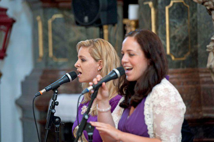 Beispiel: In der Kirche, Foto: Delightful Voices.