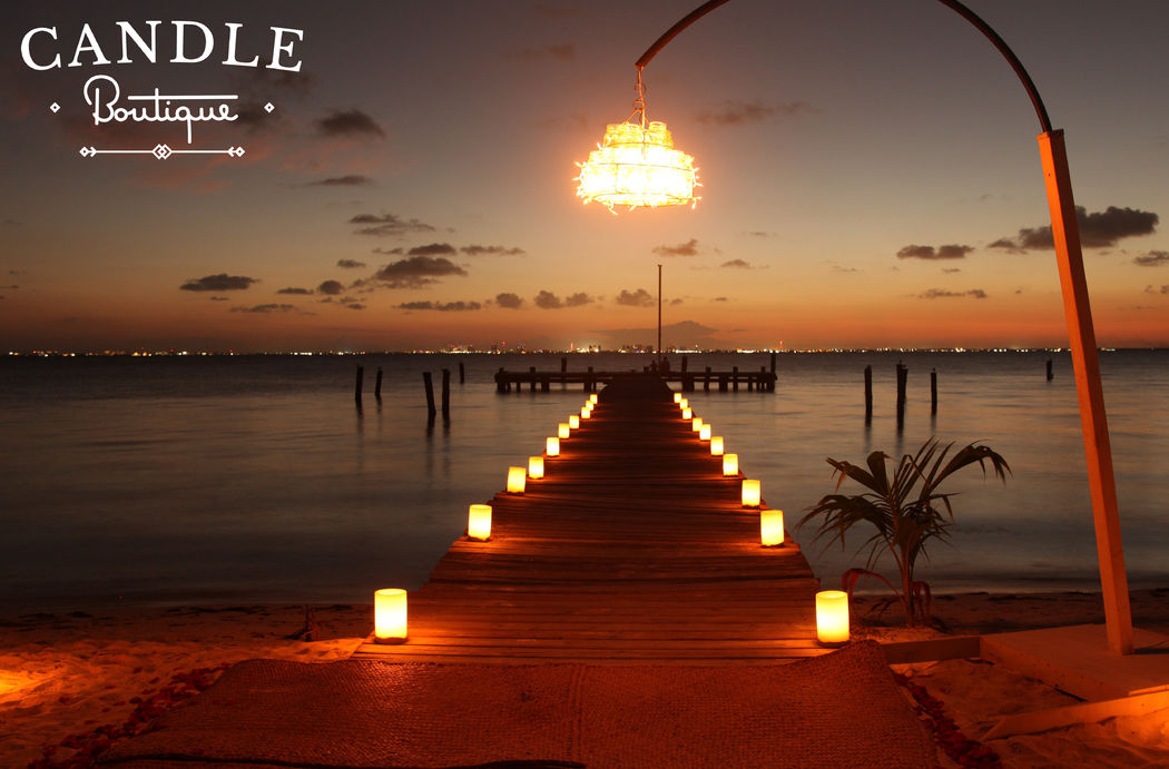 Candle Boutique - Candle along the walk dock
