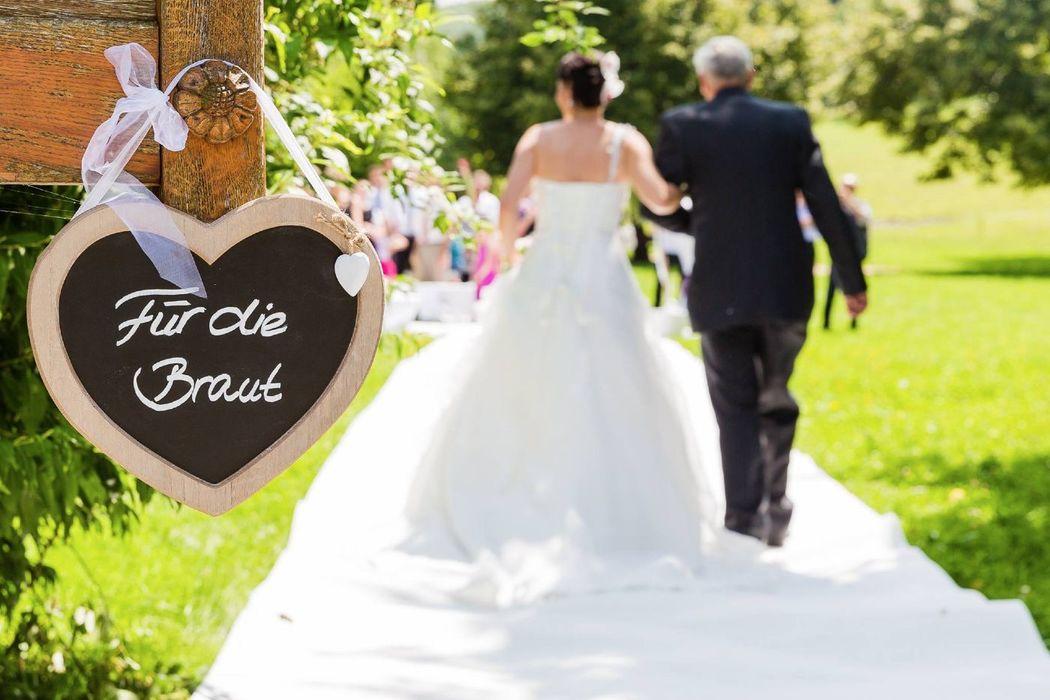Hochzeitsplanerin Sandra Beck zaubert am Wasserschloss Inzlingen