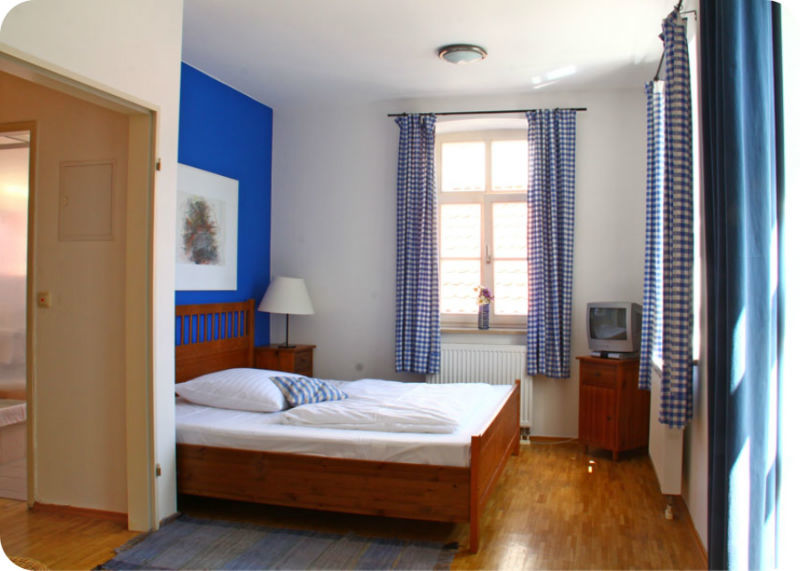 Beispiel: Zimmer, Foto: Gasthaus Inselkammer.