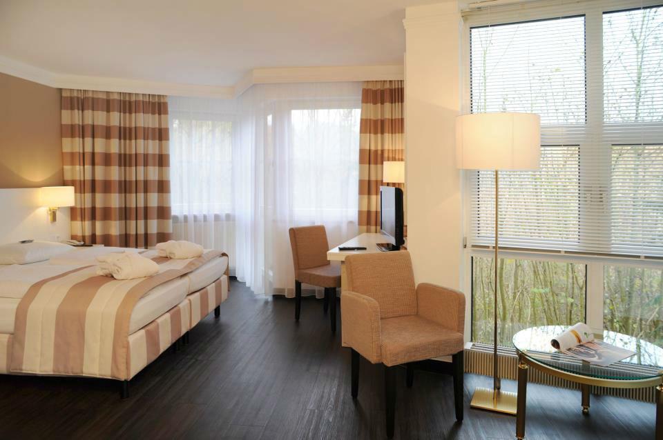 Beispiel: Zimmer, Foto: Relexa Waldhotel Schatten.