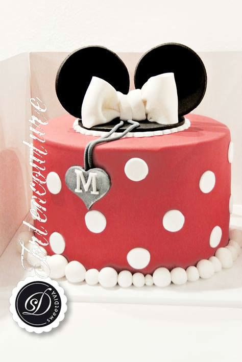 Beispiel: Torte, Foto: sweetDIVA - Tortencouture.