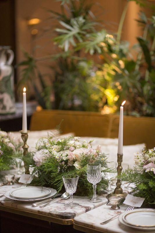 mariage retro, mariage vegetal, mariage boheme, tendance vegetale, coiffure de mariée, natte mariée, decoration table mariage