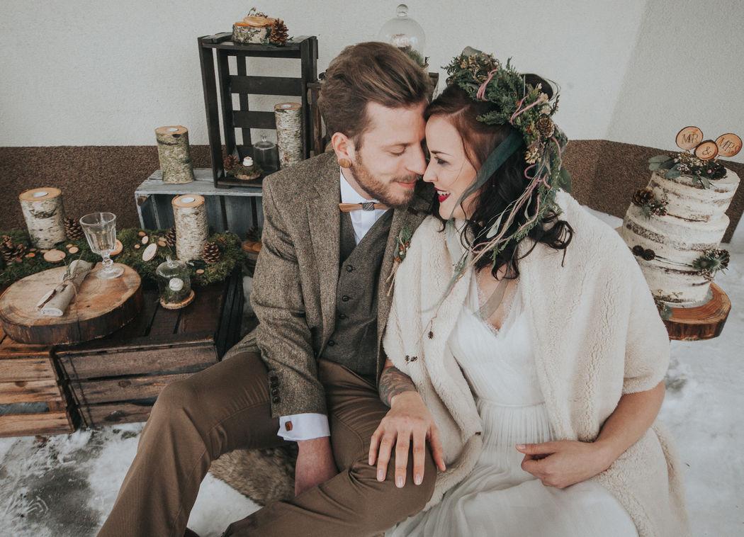 Unsere Holzfliege Stelio passt auch wunderschön zu jeder Hochzeit im Boho-Stil