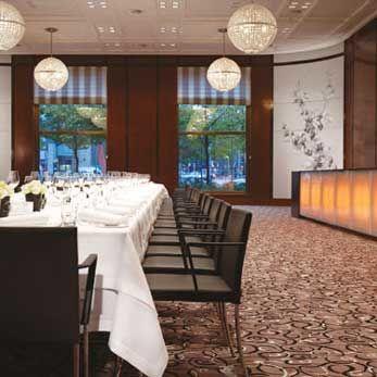 Beispiel: Hochzeitstafel, Foto: The Charles Hotel.