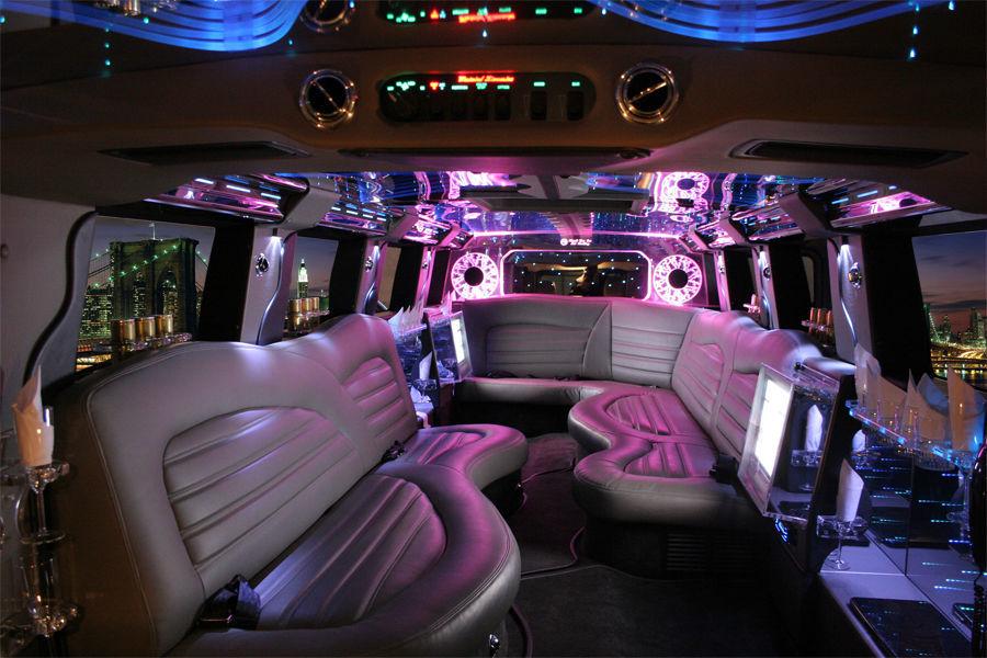 Beispiel: Innenansicht Limousine, Foto: FUN-LIMOS Limousinenservice & Chauffeurdienst.