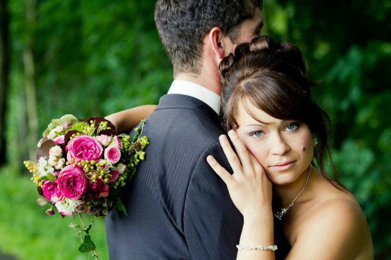 Beispiel: Romantische Hochzeitsfotos, Foto: Colorwork Photography.