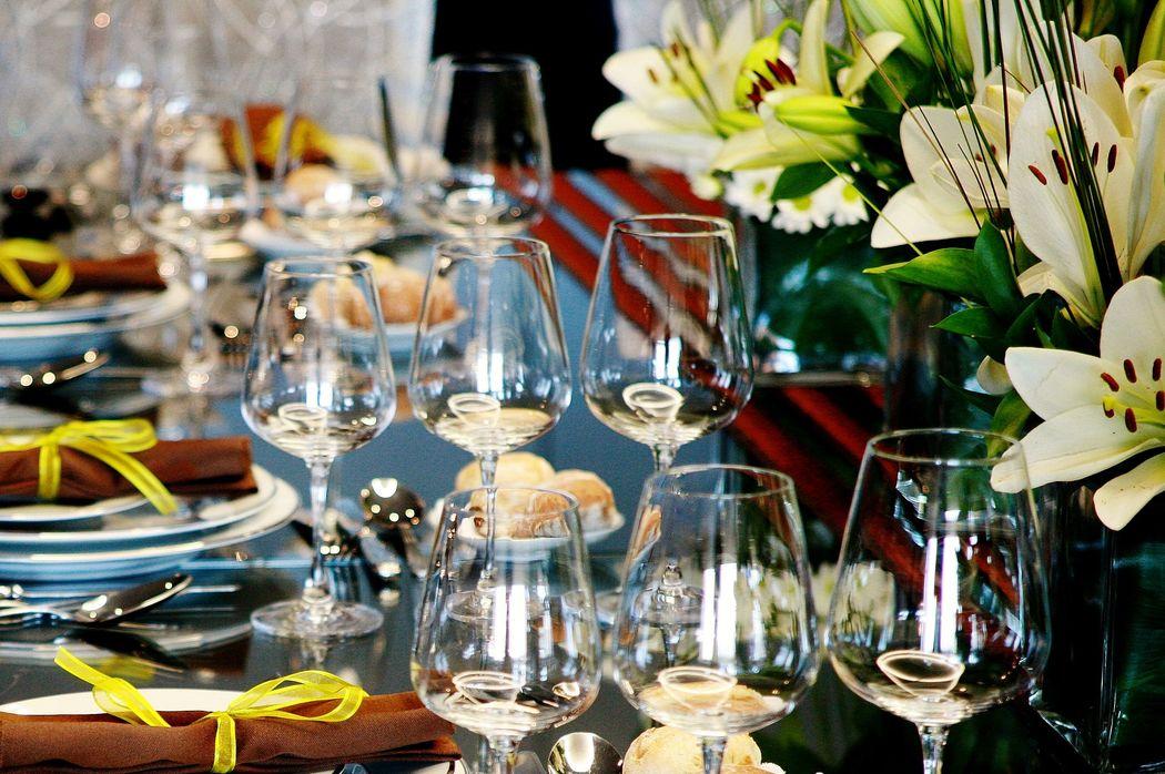 Na simplicidade desta sugestão brilhou a combinação da cores e a felicidade dos nossos noivos. Decoration and wedding planner project
