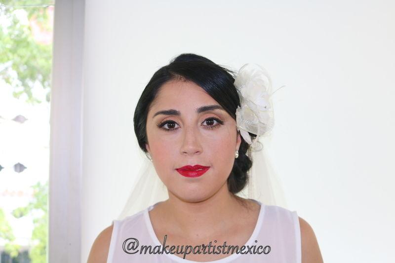 Look años 50 hermoso maquillaje de prueba.  Makeup Artist Mexico