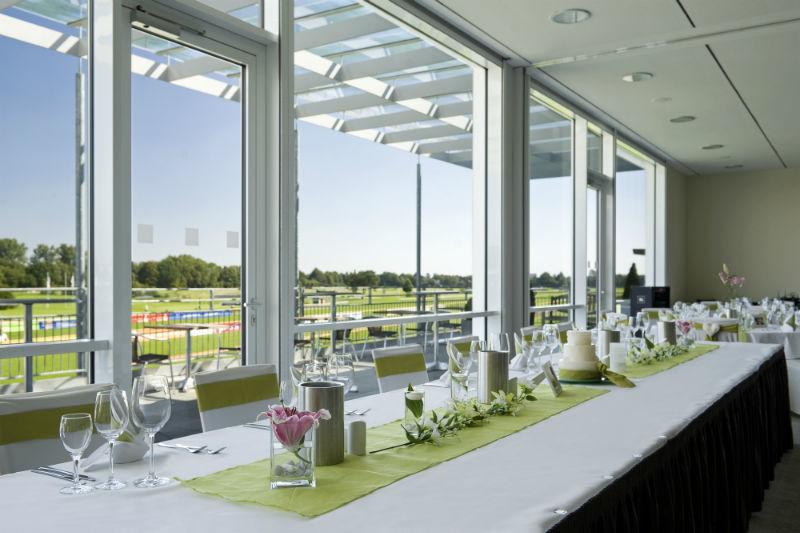 Beispiel: Hochzeitstafel, Foto: Atlantic Hotel Galopprennbahn.
